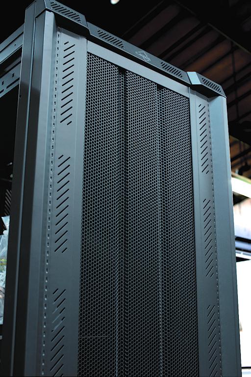 Computer-Enclosure-F